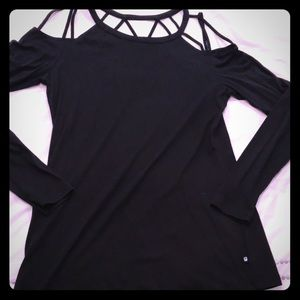 FABLETICS off shoulder long sleeved shirt